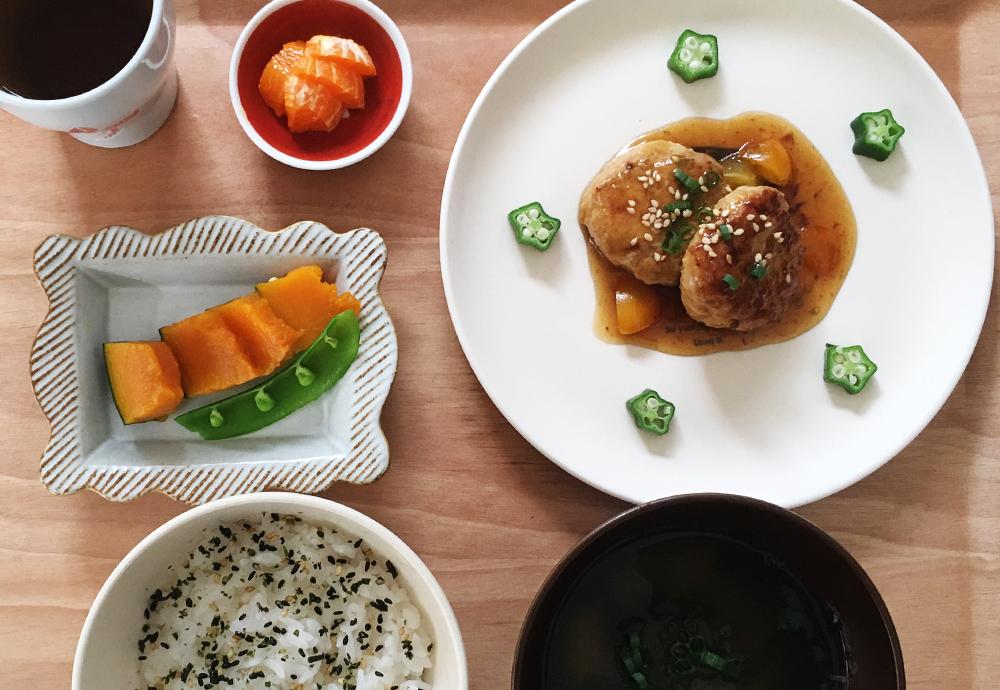 鶏の和風照り焼ハンバーグ:ふっくらおいしい取り分けレシピ(1歳児〜)