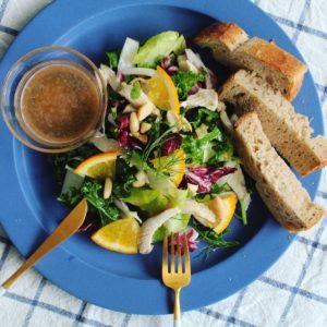 ケールとパクチー・香菜たっぷりデパ地下風アジアンサラダ